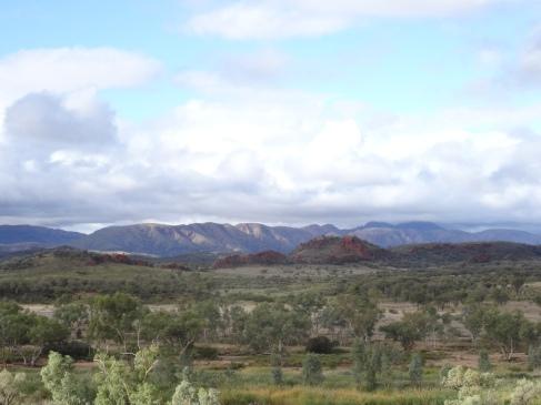 Là, où je travaille, à 200 kilomètres d'Alice Springs dans le parc national MacDonnell