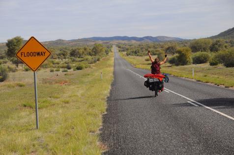 Sur la route de Alice Springs à Uluru